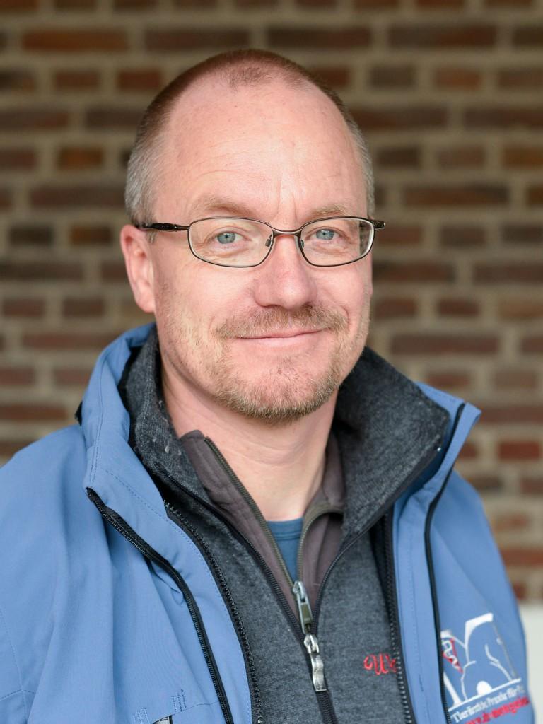 Dr. med. vet. Oliver Heß
